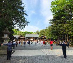 北海道神宮(ラジオ体操風景画像)